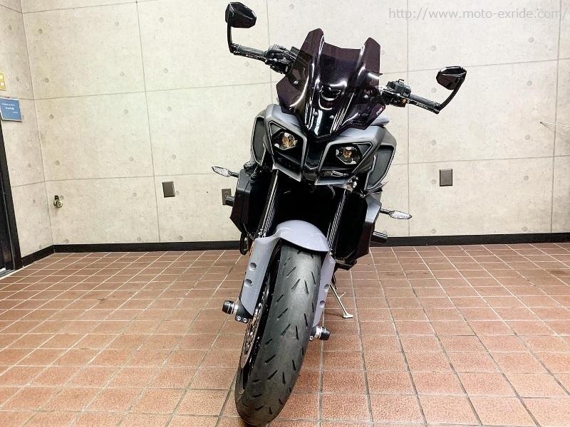 YAMAHA(ヤマハ)MT-10 マルケジーニ取付他カスタム 正面/MOTO-EXRIDE(モトエクスライド)