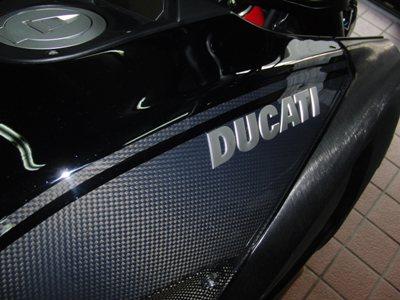 DUCATI DIAVEL(ディアベル)フルパワー化・外装ペイント・シート・フェンダーレス化カスタム ペイント