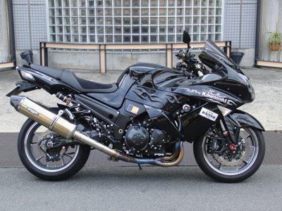 KAWASAKI ZZR1400 アップハンドル化カスタム