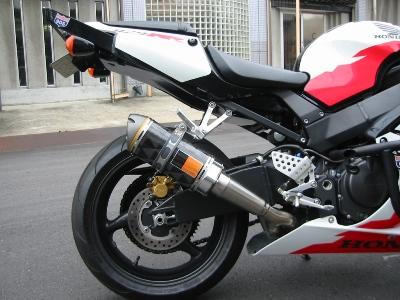 HONDA CBR929RR エクストリームバイクカスタム サイレンサーをカット